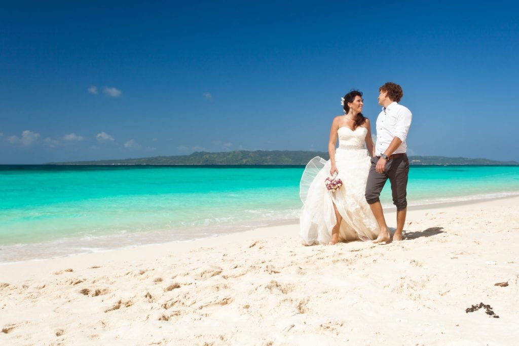 Weddings abroad - on the beach in the Caribbean