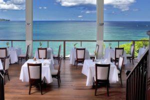 calabash Windsong Restaurant lunch setting - Med Res