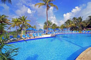 Caribbean; St.Lucia MORGAN BAY Beach Resort POOL edge to sea