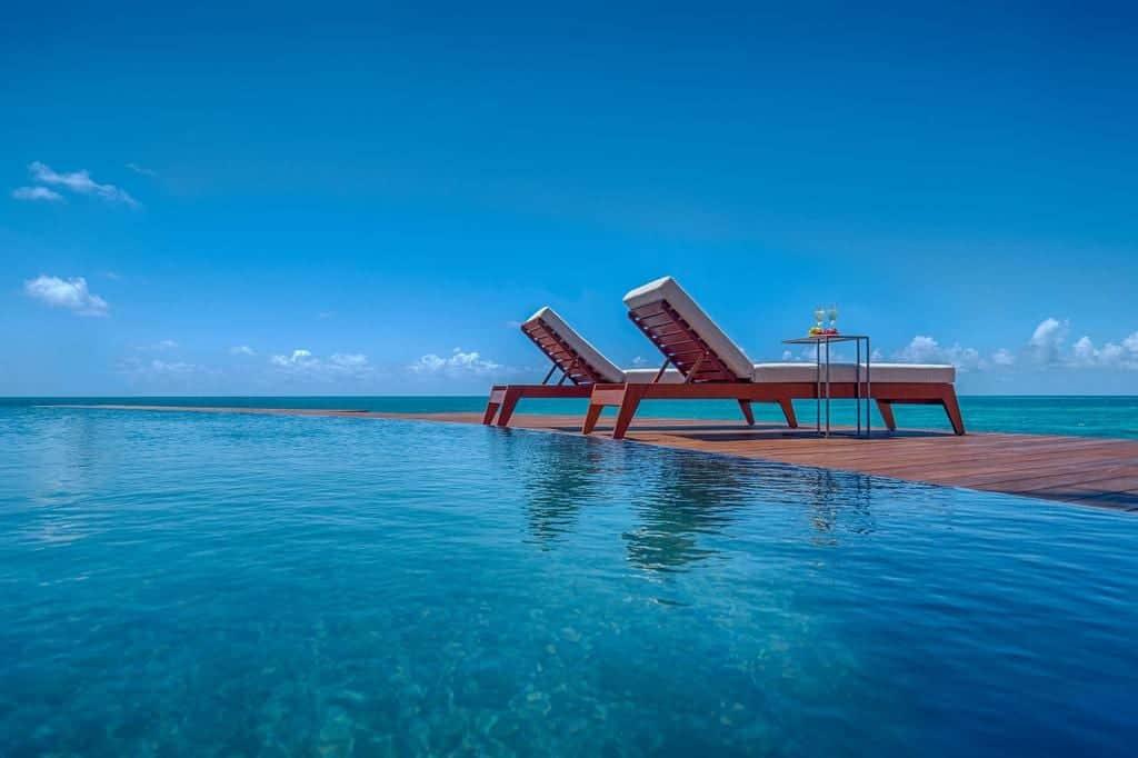 Hodges Bay Pool - Antigua Holiday