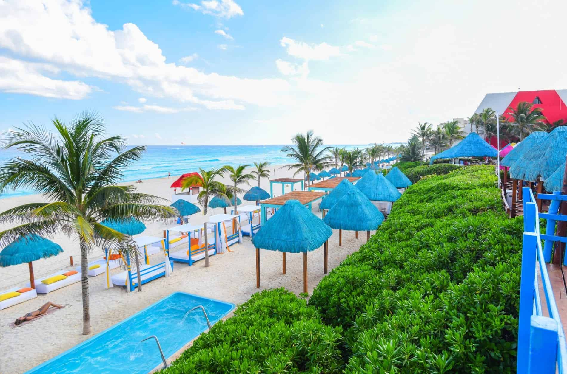 Grand Oasis Resort Cancun beach holiday