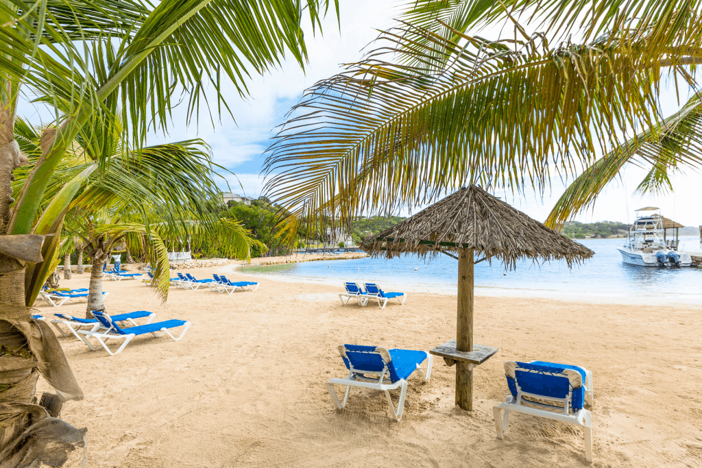 Antigua beach holiday