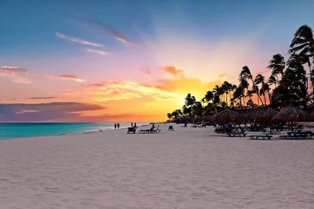 🌴 😎 Low Cost Flights to Aruba - Pay In Instalments!