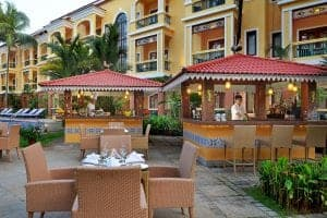 Country Inn & Suites by Radisson, Goa Candolim - India - restaurant