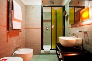 The Orange Hotel - Rome bathroom