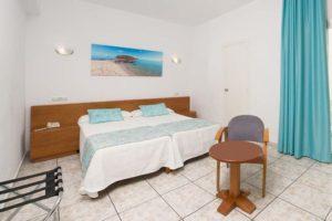 Hotel Tropical San Antonio Ibiza - bedroom