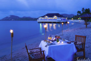 Beach dining - Sandals Halycon - St Lucia